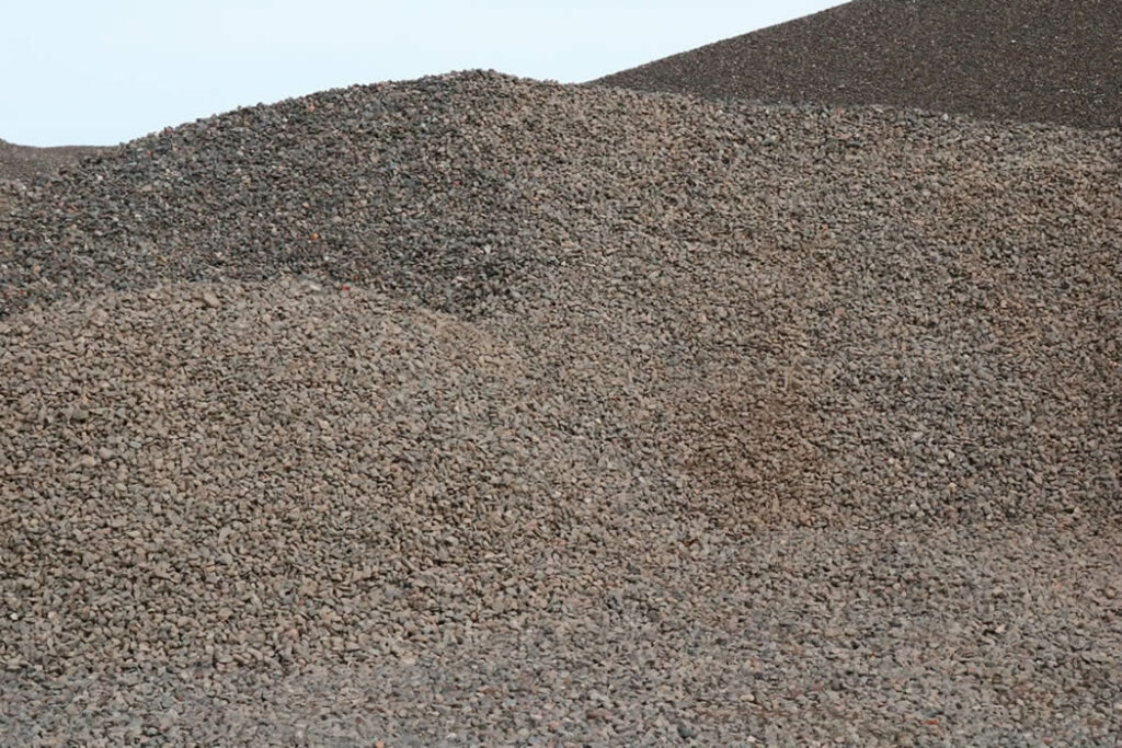 Hopkins Sand and Gravel 1.5 inch Washed Rock